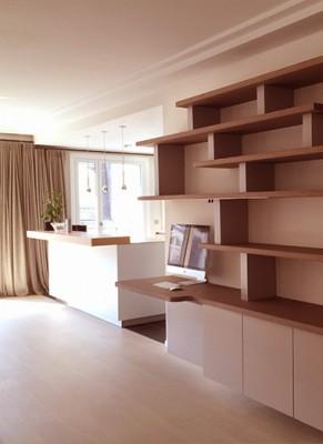 bibliotheque sur mesure, custom bookshelf, chêne teinté, laque